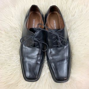 Johnston & Murphy Men Black Leather Square Toe S12